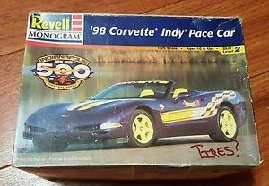 Revell 1/25 1998 Corvette Indy Pace Car Model Kit