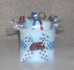 DIAPER CUPCAKE WITH WASHCLOTH CANDY MINT TOPPER