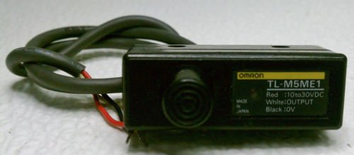 Omron TL-M5ME1 Proximity Switch 10-30 VDC 5 mm NPN Voltage Current Out DC 3 Wire