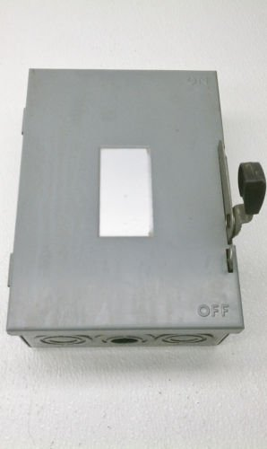 Square D D321N Series E1 Fusible Disconnect Safety Switch 30 Amp 240 VAC 7.5 HP