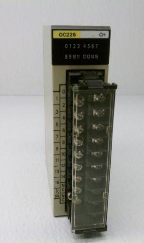 Omron  PLC C200H-OC225 Output Module Card OC225 250 Volts AC 24 Volt DC 2 Amp