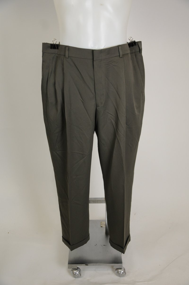 NWOT John Henry 40 x 30 Gray Polyester Pleated Front Pants Trausers