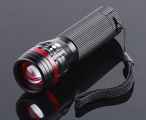 10pcs/lot Free Shipping  Zoomable 3 Mode CREE LED Flashlight Torch 200 Lumen AAA