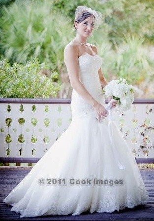 Romantic elegant wedding dress