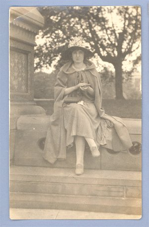 Vintage Photo WOMAN wearing CAPE & HAT circa 1930s
