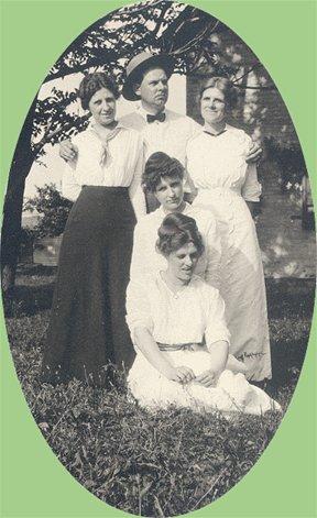 Vintage Photo MAN with FOUR WOMEN 1910s