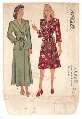 Vintage PATTERN McCALL's 4899 1940s HOUSECOAT Lingerie 30b