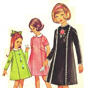 Simplicity 5732 Vintage mid 60s Girls' Dress with Detachable Collar Sewing Pattern