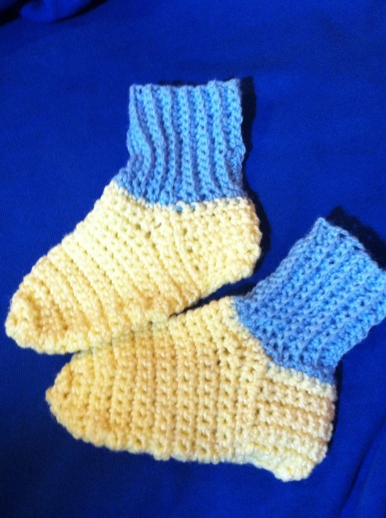 Crocheted  Socks 2 - 3 yrs Yellow and Blue