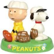 Peanut Charlie & Snoopy Baseball in Tray Salt Pepper