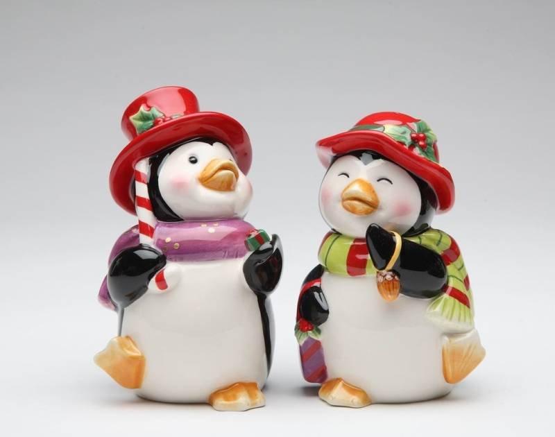 Penguin Couple Dress in Christmas Costume Salt & Pepper