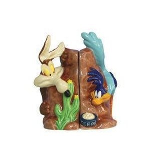 Looney Tunes Road Runner and Wile E Coyote Salt and Pepper