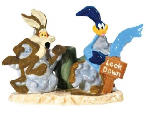 Wile E. Coyote & Road Runner Salt & Peppers/Toothpick Holder