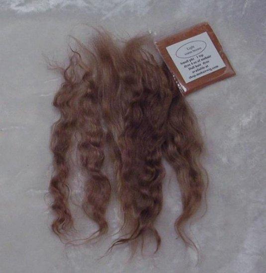 Light warm brown Wig making dye pkt to Dye 4 oz mohair # 10777