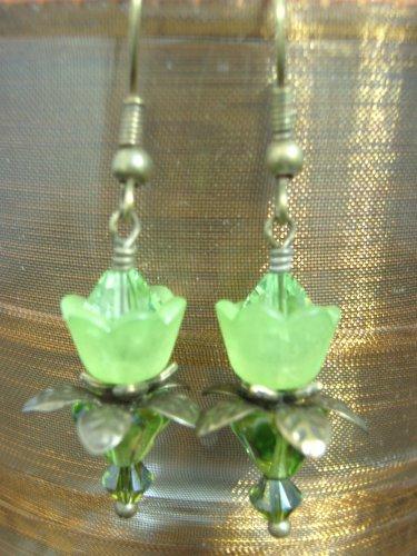 Green lovely Lucite Flower Earring