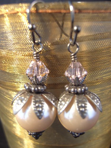 Champagne Berry Leaf Earrings