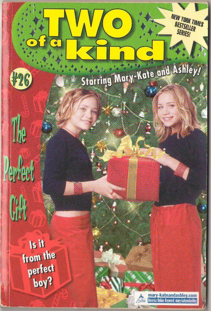 Perfect Gift by Megan Stine Mary-Kate and Ashley #26 SMC