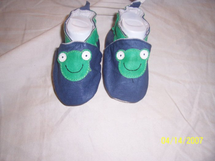 Robeez Style Frog Shoes Boys 0-3 Months NWT Free Shipping