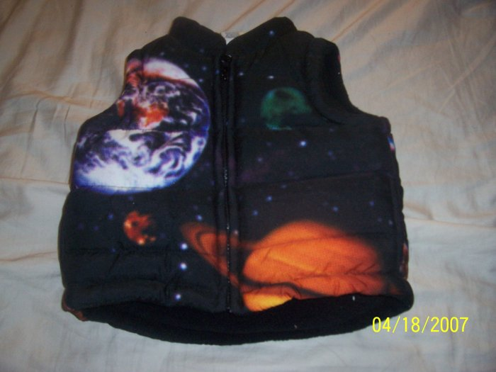 Old Navy Space Vest Boys 6-12 Months  Free Shipping