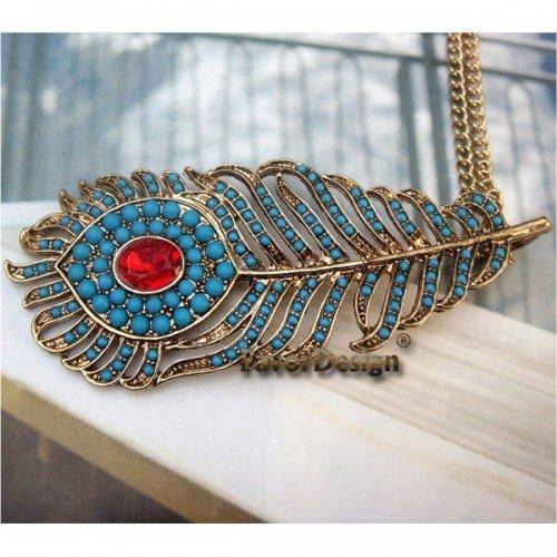 Elegant Retro Brass Crystal Peacock Leather design Pendant Necklace