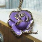 Elegant Retro Brass Flower design Pendant Necklacex