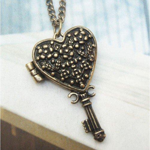 Swarovski Crystal Retro Copper Key Locket Necklace Vintage Style