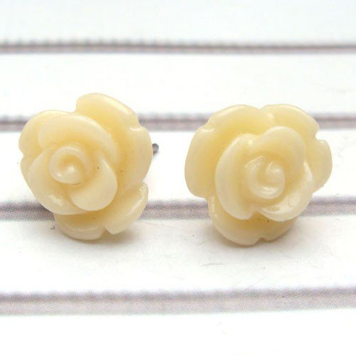 Resin Flower Ear Stud