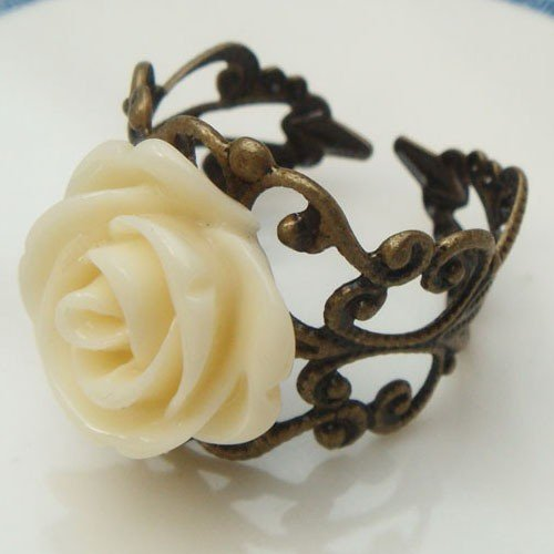 Adjustable Size Brass Yellow Resin Flower Ring