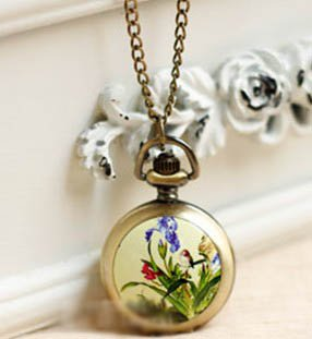 Antiqued Brass Vintage Style  The Fresh Flower And Bird Painting Pocket Watch Necklace