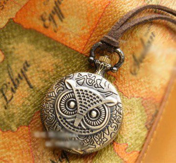Antiqued Brass Vintage Style The Owl Relief Pocket Watch Necklace