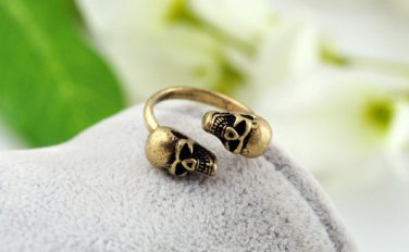 Antiqued Brass Vintage Style Classic Ring Retro Punk Skull Ring