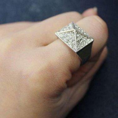 Vintage Style Vogue Gold Inlay Rhinestone  PUNK Ring
