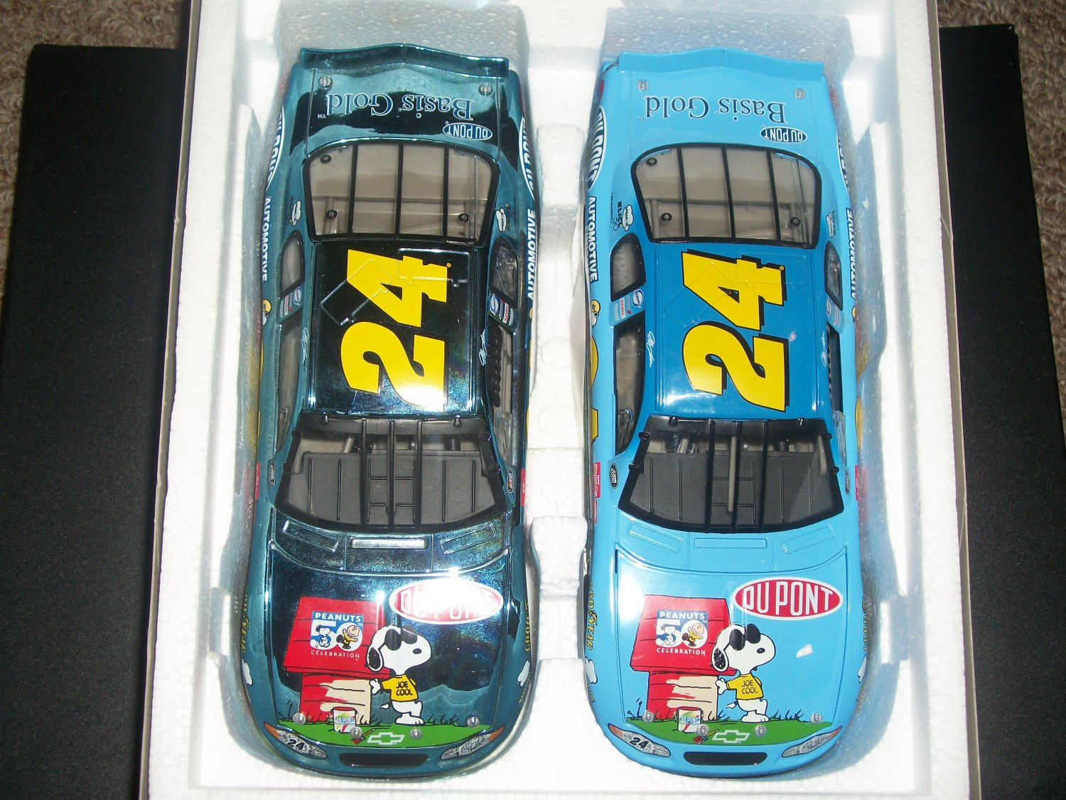 JEFF GORDON set of 2 LE #24 DUPONT/PEANUTS 2000 MONTE CARLO 1:24