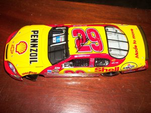 Kevin Harvick autographed 1:24 diecast car