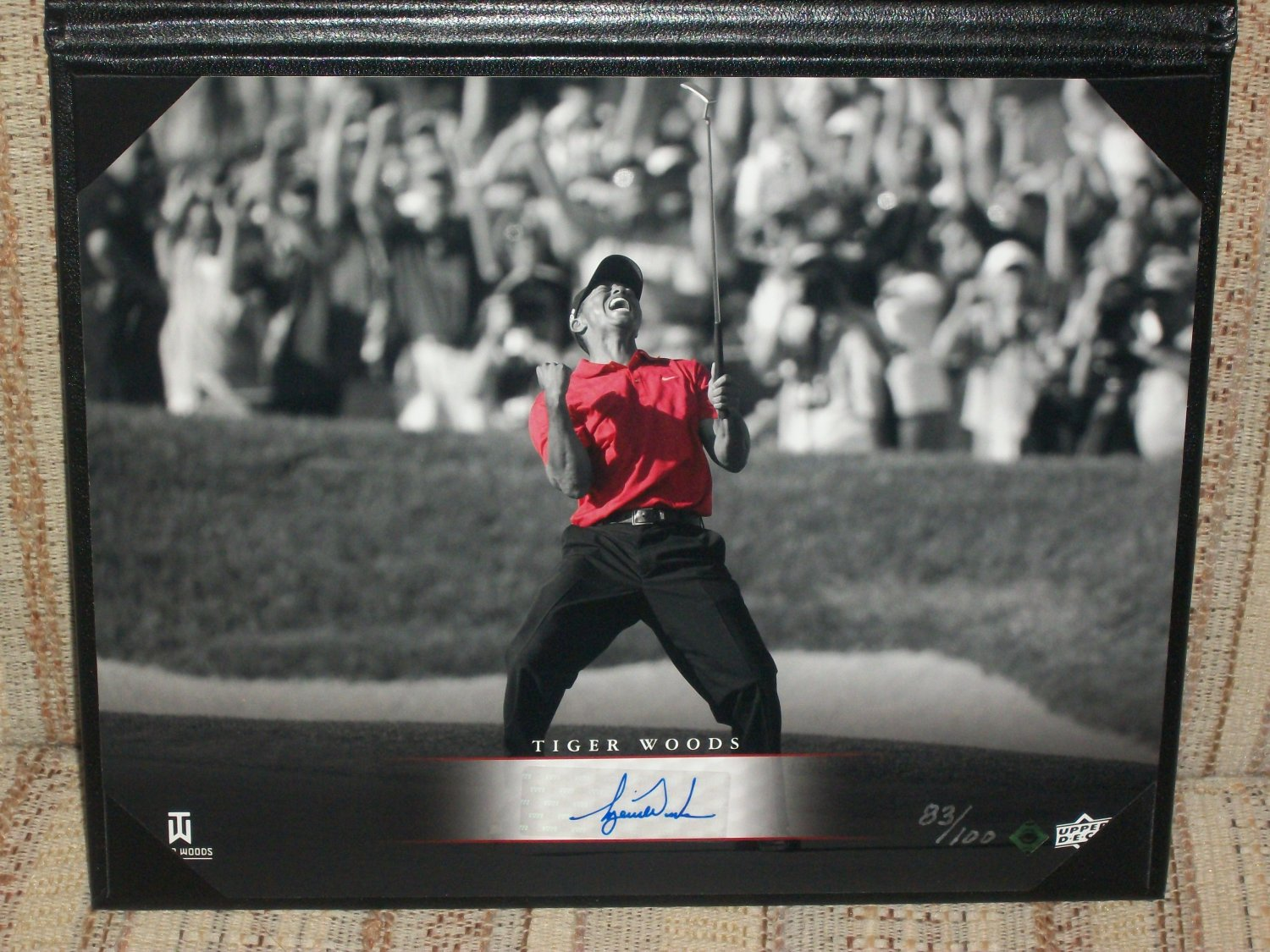 Tiger Woods LE autographed 8x10 UDA photo-2008 Tournament of Champions