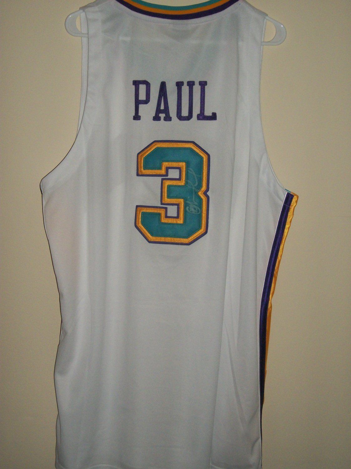 Chris Paul autographed New Orleans home Jersey