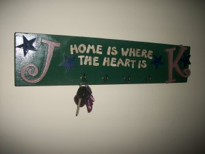 """""""Home is where the heart is"""" CAR KEYS RINGS/ECT welcome sign"""