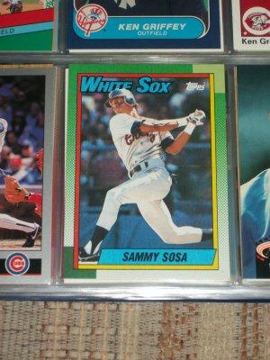 Sammy Sosa 1990 Topps baseball card- Rookie year