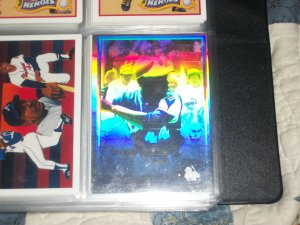 Hank Aaron 91 UD Heroes of Baseball Hologram RARE INSERT CARD