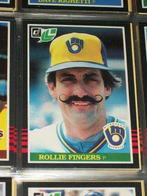 Rollie Fingers 1985 Leaf baseball card
