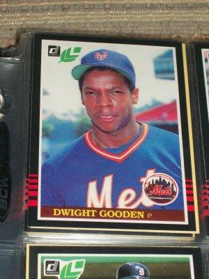 Dwight Gooden 85 leaf baseball card