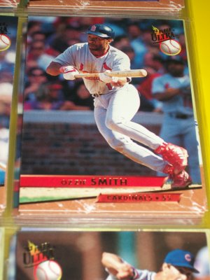 Ozzie Smith 93 fleer ultra baseball card