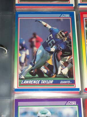 Lawrence Taylor 1990 Score Football Card