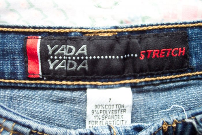 Yada Yada Denim Crop Pants Capris Size 7 101-743 Once Is Never Enough