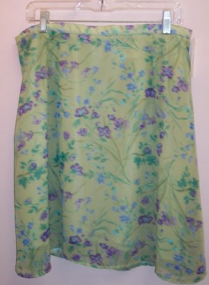 Stunning Free Flowing Fashion Bug Skirt Size 18 101-536 Once Is Never Enough