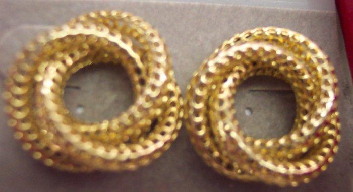 Vintage Lacey Love Knot Pierced Earrings 101-611