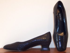 Van Eli Navy Snakeskin Print Pumps Shoes Mules Size 8 1/2 M 8.5 M 101-3882 location85