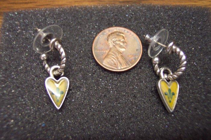 Petite Silvertone Hoop PIERCED EARRINGS 101-007ear Vintage Costume Jewelry