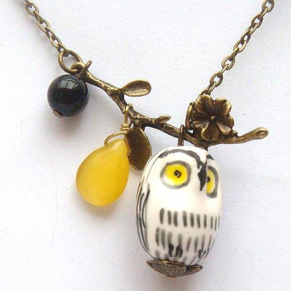 Antiqued Brass Leaf Agate Cat Eye Porcelain Owl Necklace