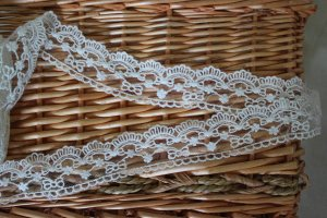 """Fabulous lace trim Embroidered Floral on Mesh  1.4"""" Wide 2.2 yds Fast Shipping"""